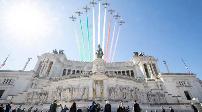 festa liberazione 25 aprile 2021 frecce tricolori roma