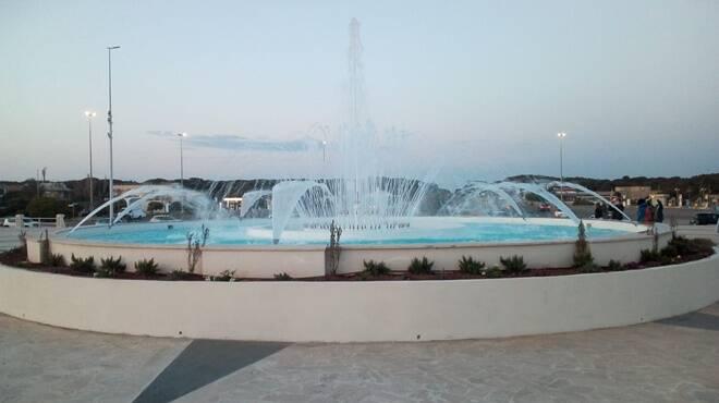 inaugurazione fontana dello zodiaco ostia