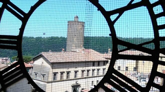 orologio campanile nemi