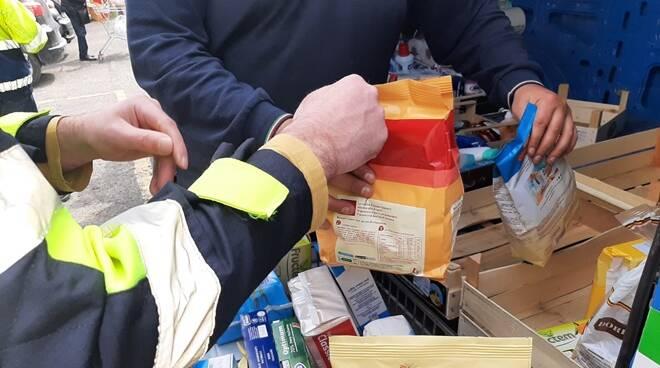 pacchi alimentari protezione civile cerveteri