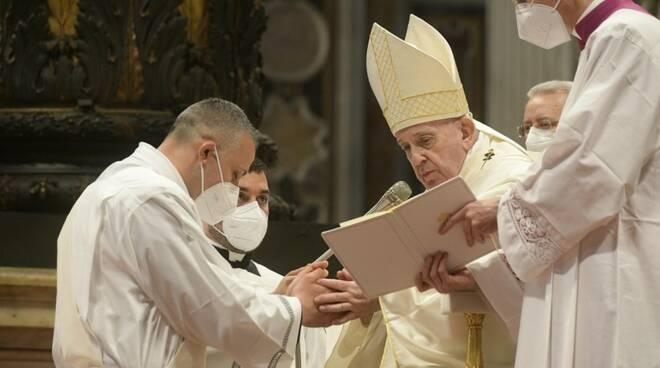 papa francesco ordinazioni sacerdotali