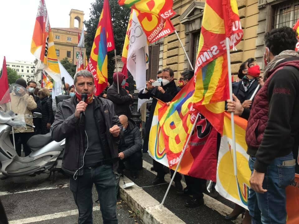 protesta lavoratori mef