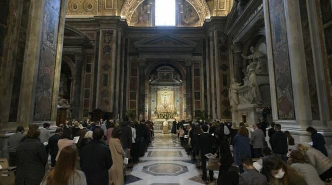 rosario papa francesco covid-19