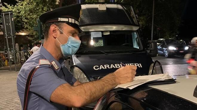 multe carabinieri notte trastevere roma