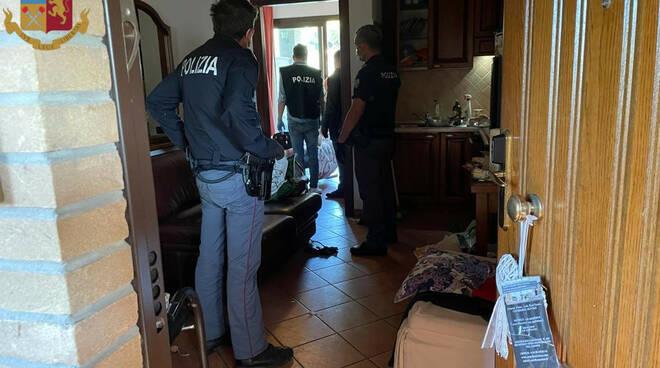 polizia pestaggio axa