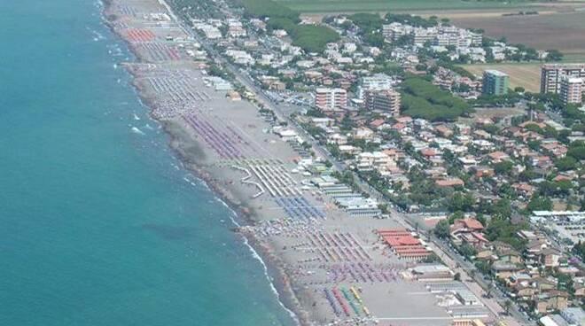 spiaggia tarquinia