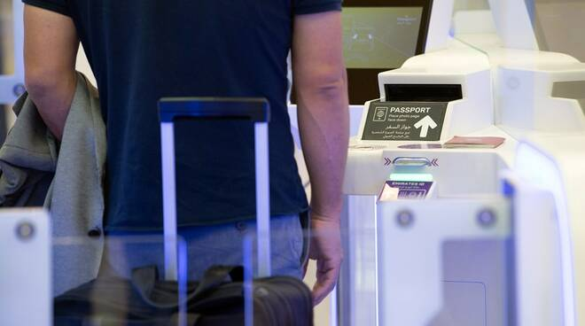 viaggio aeroporto turismo green pass
