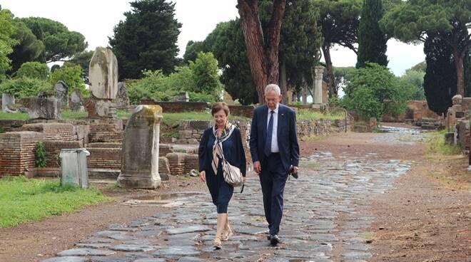 visita presidente austriaco van der bellen scavi ostia antica