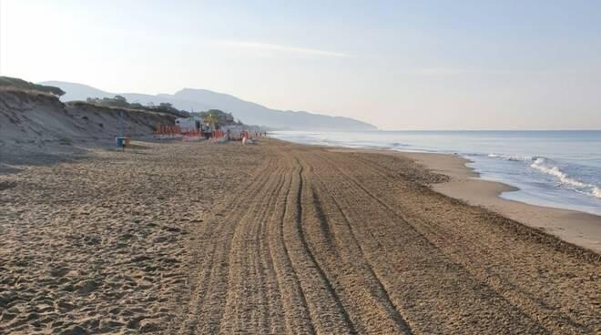 litorale fondi spiaggia