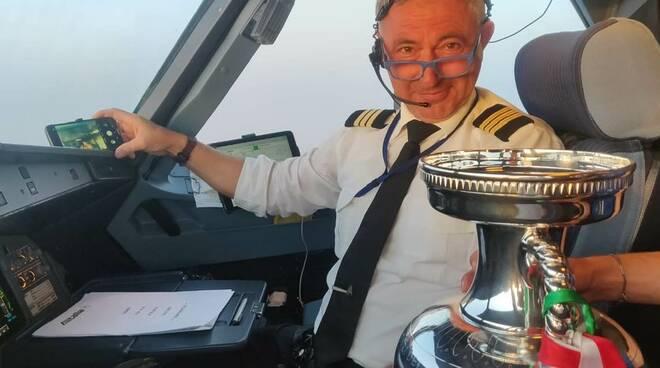 Michele Altobelli e la coppa di Euro 2020
