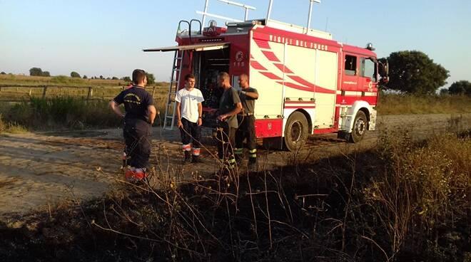 protezione civile blusub incendio via pratica di mare