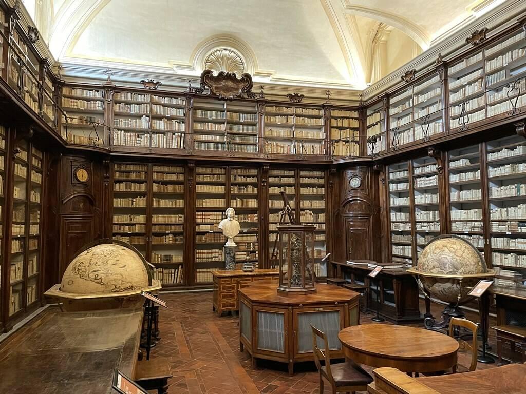 restauro biblioteca lancisiana santo spirito in saxia roma
