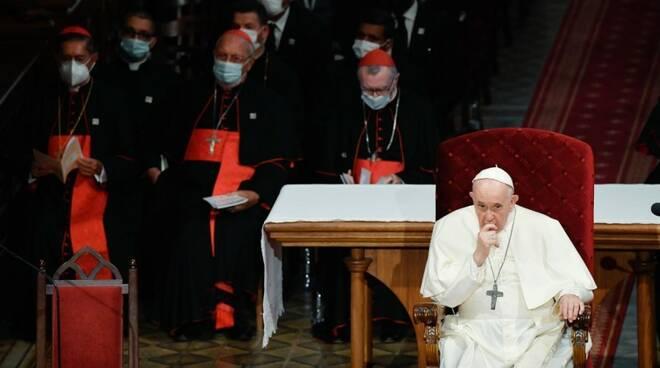 papa bratislava vescovi