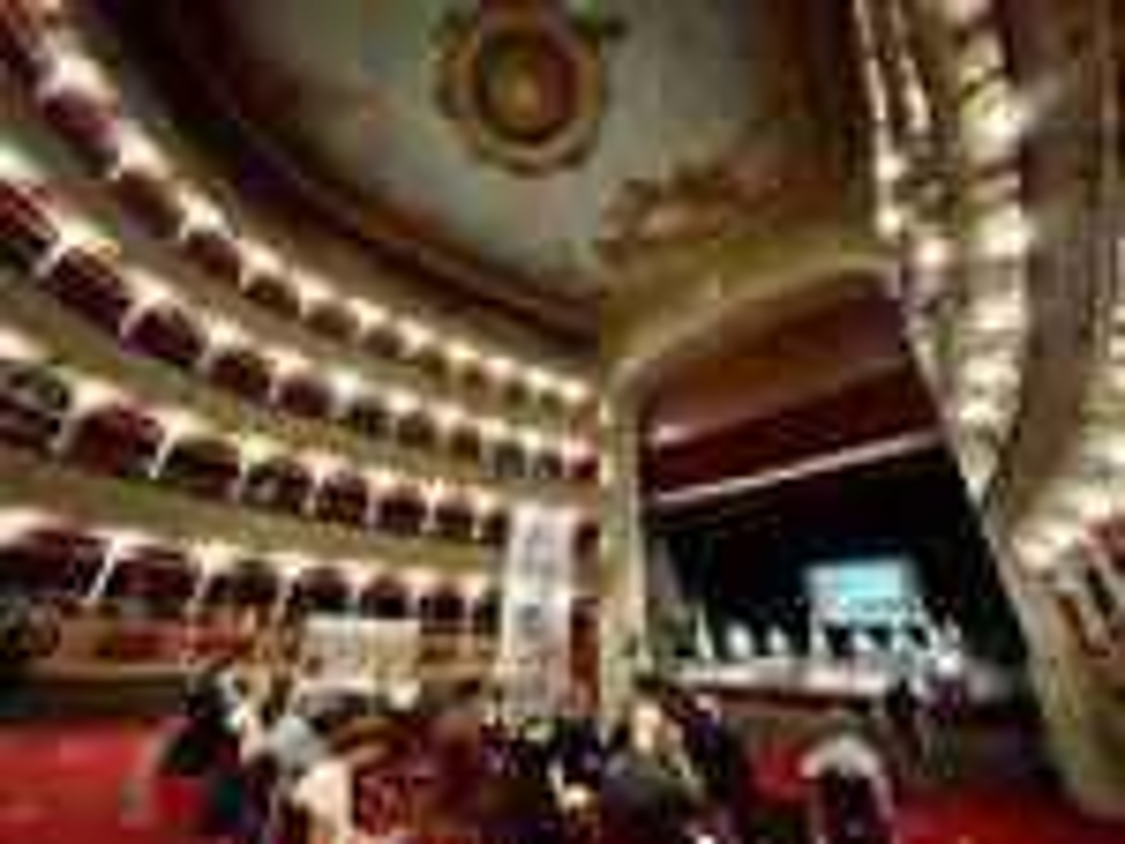 targa teatro valle franca valeri