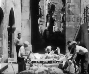 fotogramma Ist. LUCE - scavi a Fondi anni '30