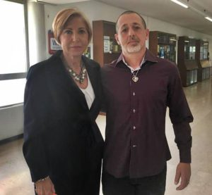 L'avvocato Anselmi con Daniele Scarpati, marito di Tanina